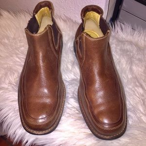 Brown Leather Men's Low Top Boots.